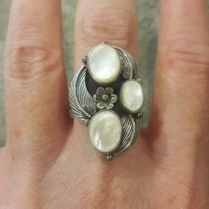 Vintage Navajo Sterling Mother of Pearl Ring